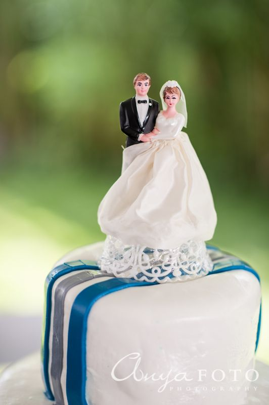 Wedding Cake Toppers anyafoto.com #wedding #caketoppers, wedding cake topper ideas, wedding cake topper desings, bride and groom cake toppers
