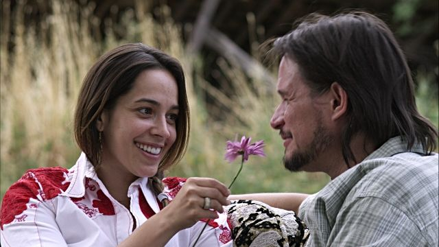 8 Tips to Create a More Loving Relationship www.relationshipwellbeingspecialist.nz