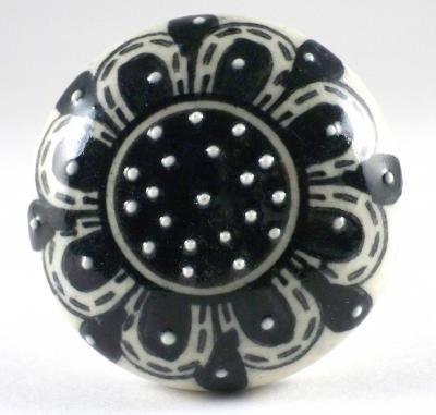 bouton de meuble noir, bouton en porcelaine, bouton de meuble rétro, bouton de meuble vintage, bouton de meuble faience, bouton de meuble shabby,deco shabby, deco folk,http://boutonsdemeubles.blogspot.fr/