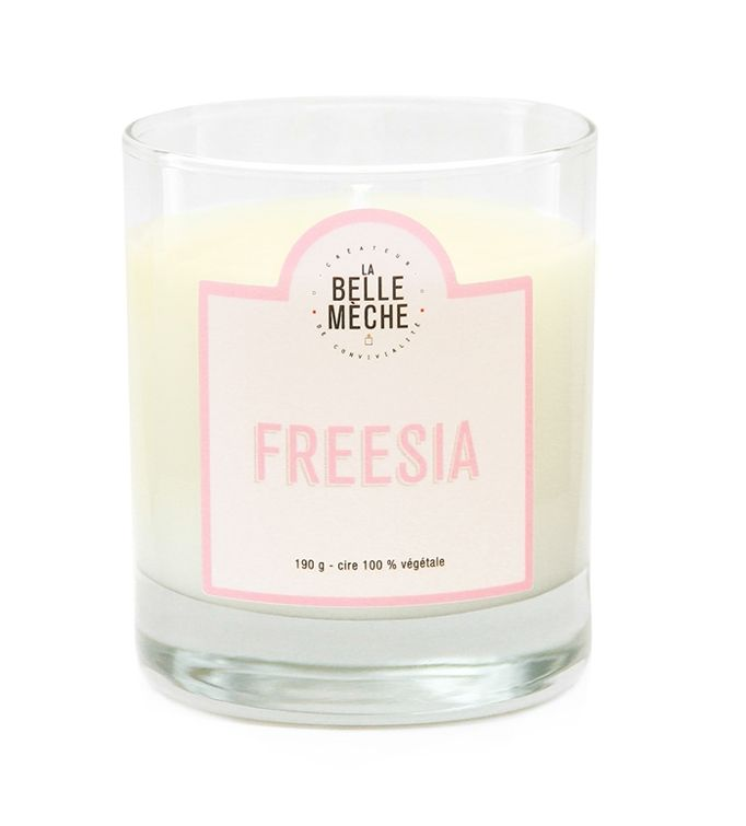 Un nouveau parfum dingue :)  #New #Bougie #Bougies #Candle #Candles #labellemeche #freesia #perfume #parfum #bougiesparfumees #bougieparfumee