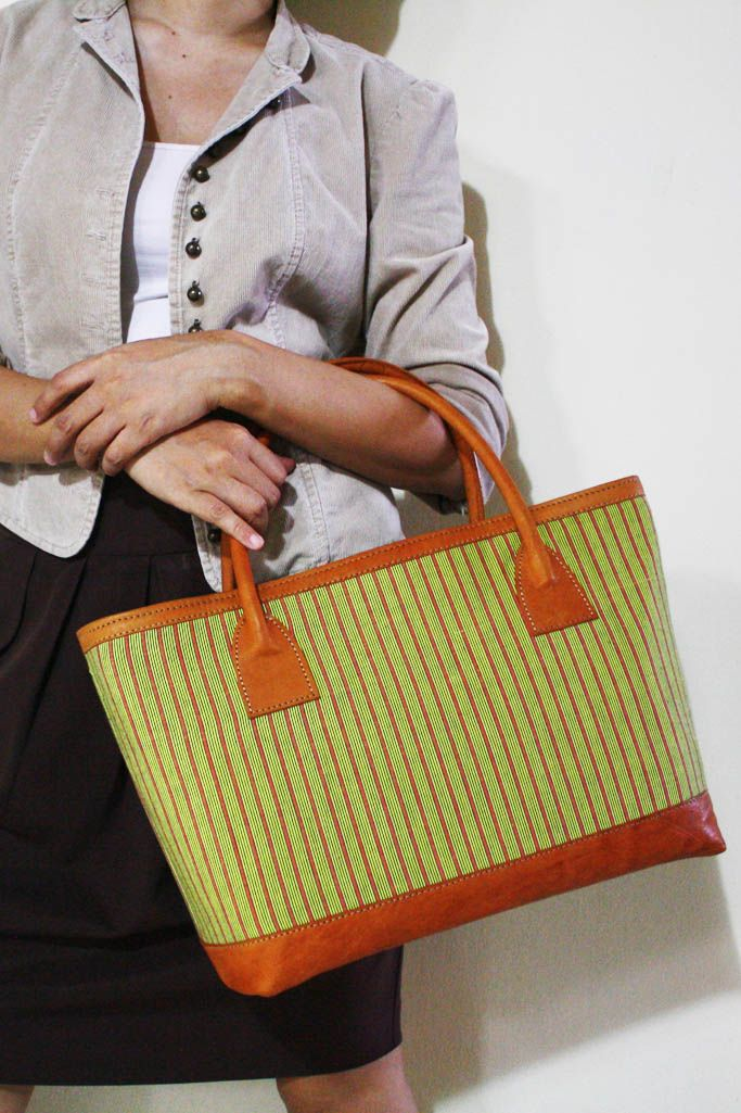 NEW ARRIVAL : Prameswari Bag combined with Lime Green Lurik fabric. #djokdjabatik