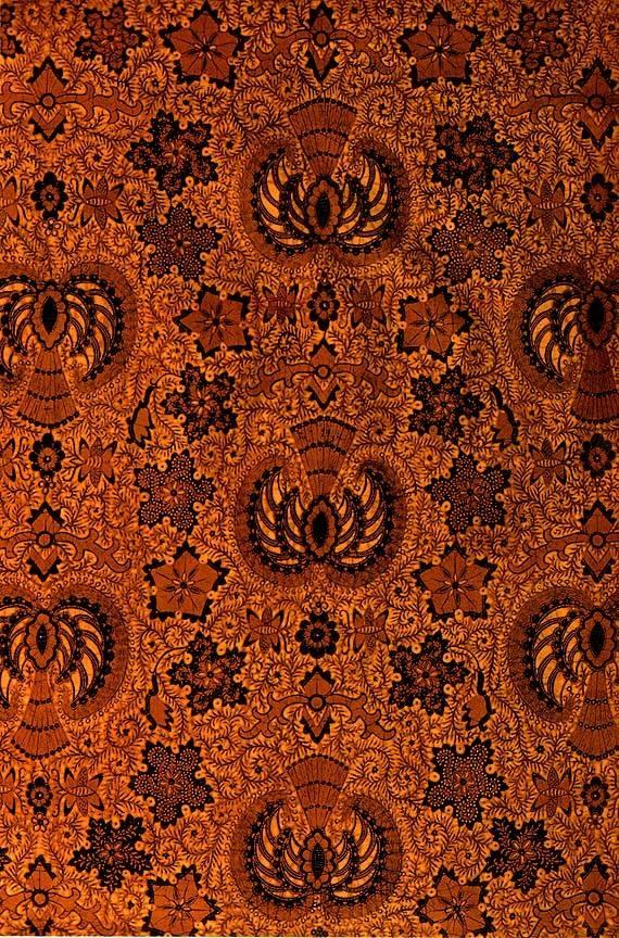 54. GRAGEH WALUH, Batik tulis from Surakarta, Indonesia  #batik #kebaya #kabaya #fashiondesign #fashion #couture #womandress
