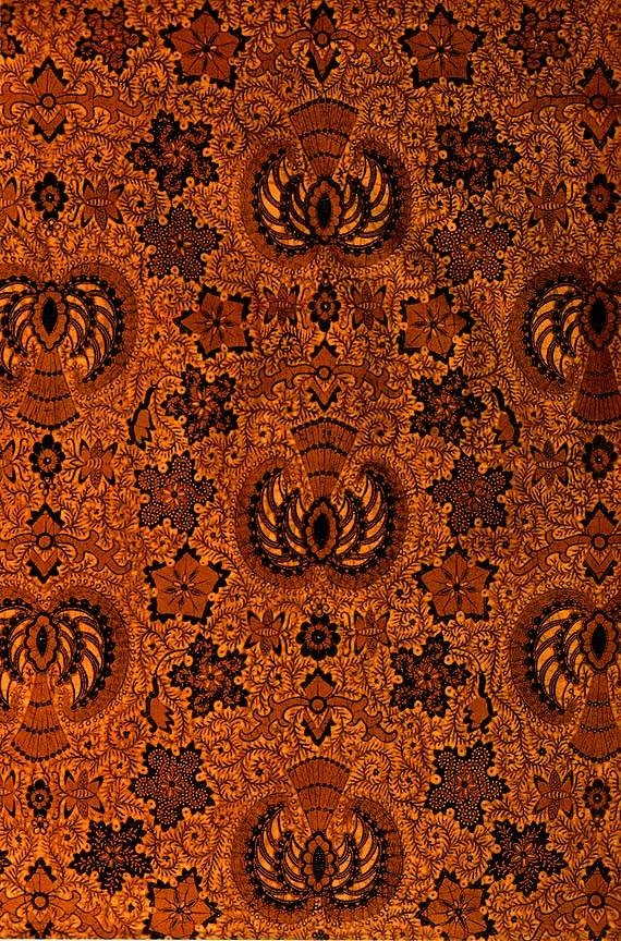 GRAGEH WALUH, Batik tulis from Surakarta, Indonesia
