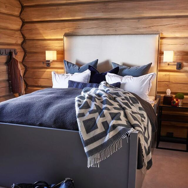 25 Best Log Wall Ideas On Pinterest Log Table Log