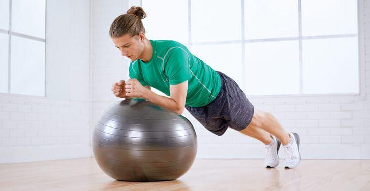 24 САМЫХ ЭФФЕКТИВНЫХ УПРАЖНЕНИЯ НА ФИТБОЛЕ, КОТОРЫЕ УКРЕПЯТ ВАШЕ ТЕЛО. Огромный мяч под названием «фитбол» просто незаменим, когда дело доходит до упражнений на наиболее важные группы мышц тела — таких, как мышцы спины, мышечный корсет, мышцы рук, ягодиц и ног. Так что б…