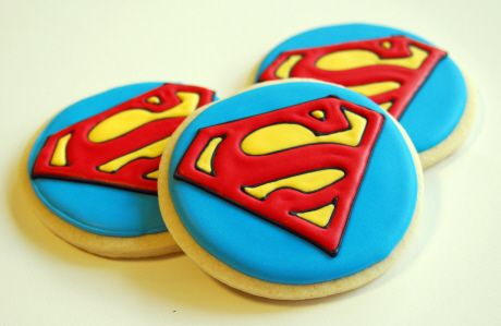 Superman themed cookies - For all your cake decorating supplies, please visit craftcompany.co.uk