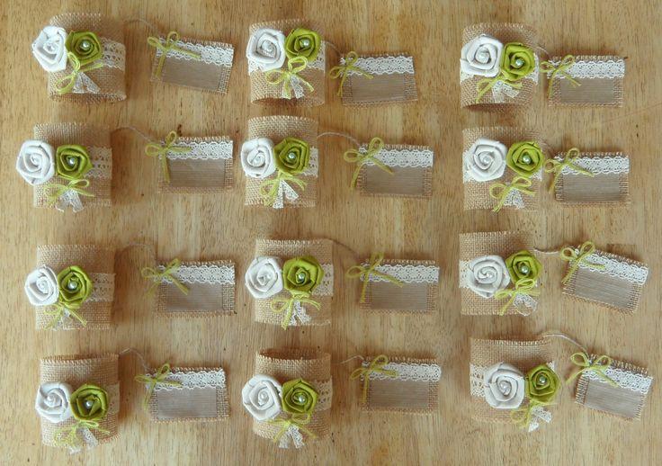 Ronds de serviette en toile de jute et dentelle avec porte nom ( par lot de 5 ) : Accessoires de maison par ladecodesylvie