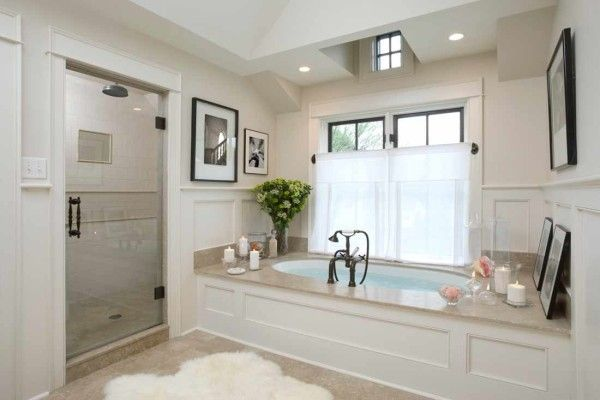 country cottage style bathroom with round drop in bathtub