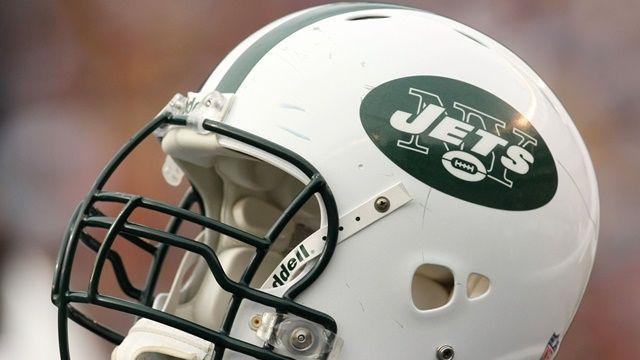New York Jets Fantasy Team Names http://www.fantasyhelp.com/exclusive/best-fantasy-football-team-names-afc-east/
