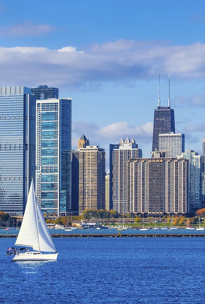 Sail on Lake Michigan along the Chicago shoreline | Places