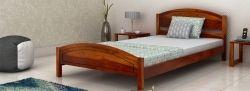 Noi modele de paturi din lemn pentru caminul tau de la DecoStores