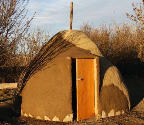 Earthbag Building: An Earthbag Saunahttp://www.earthbagbuilding.com/projects/sauna.htm#