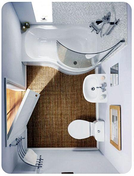 Outro banheiro pequeno (estrangeiro… :( ) que usa banheira mínima,super bem dimensionada para o espaço
