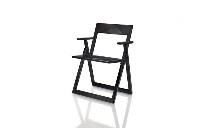 Folding chair.  Also available with arms. Material: solid beech, natural or painted.