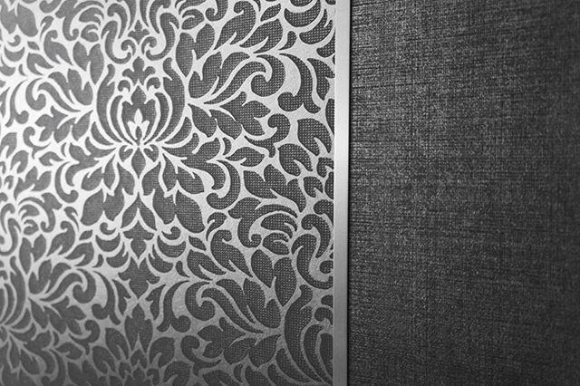 Un toque único y capaz de transmitir su estilo es posible mediante los papeles de colgadura JV Wallcovering. Más de 200 opciones deslumbrantes para tapizar su hogar disponibles en este lado de la ciudad.