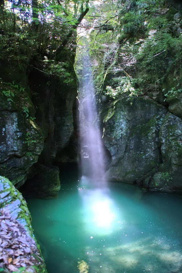 <高知・仁淀川 見所> 光の滝