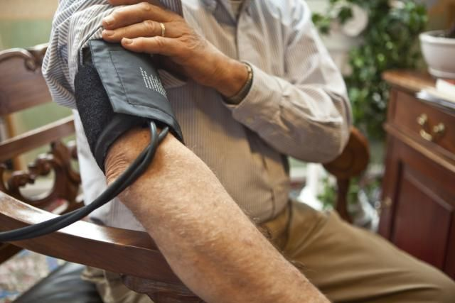Get the scoop on 11 ways to lower blood pressure naturally. Learn about natural remedies such as garlic, vitamins, green tea, vitamin D, hibiscus, alcohol, and more.
