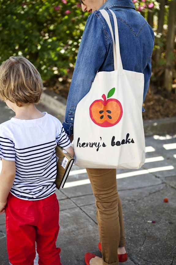 DIY Library Tote: All Libraries, Libraries Book, Totes Tutorials, Totes Bags, Diy Canvas, All Book, All Canvas, Kids Book, Cute Schools Bags
