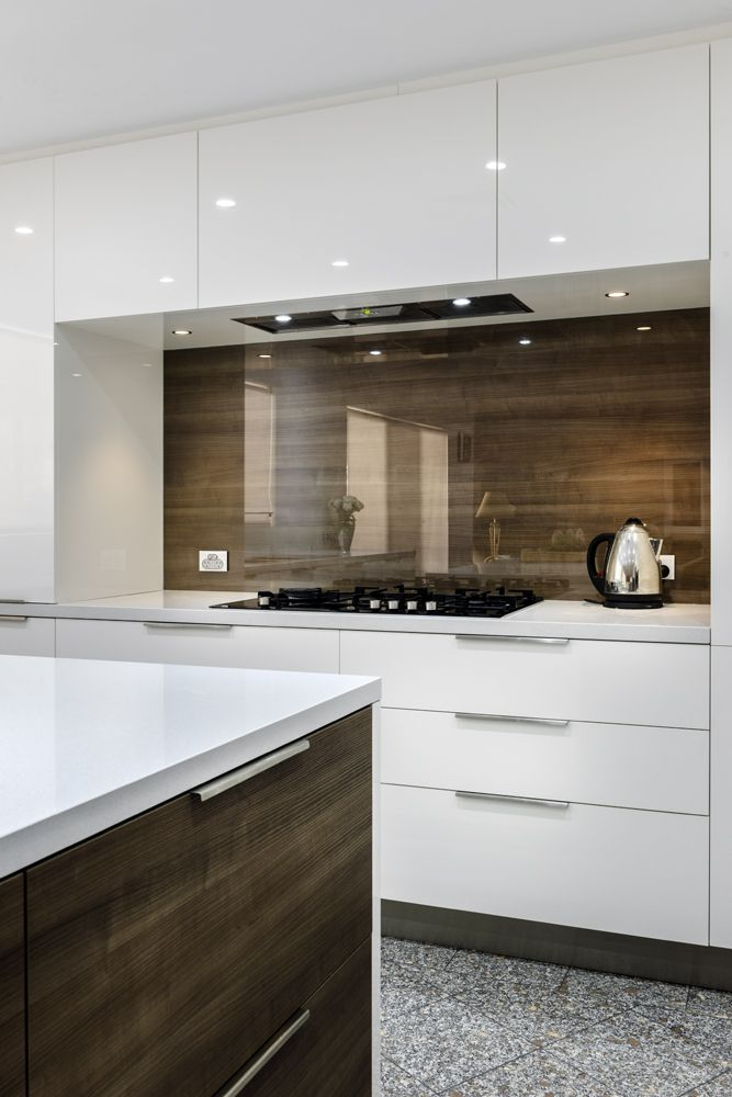Splashback clear glass over timber veneer cleaf dark for Modern kitchen company