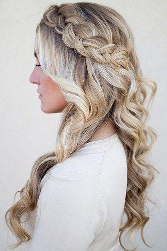 Hochzeit & Abiball-Frisuren auf www.gofeminin.de #wedding #flechtfrisur #hairstyles