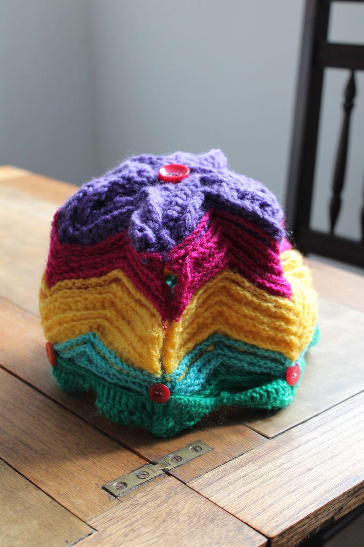 ripple stitch tea cosy...