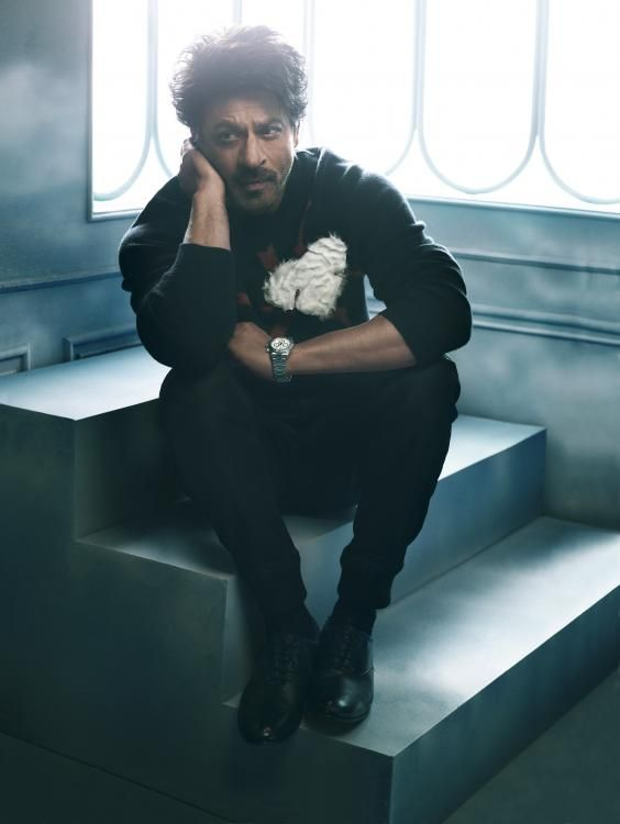 Shah Rukh Khan, the cover star of GQ India's 100th issue has already conquered our hearts with his dapper look on the first page. And now here we hav...
