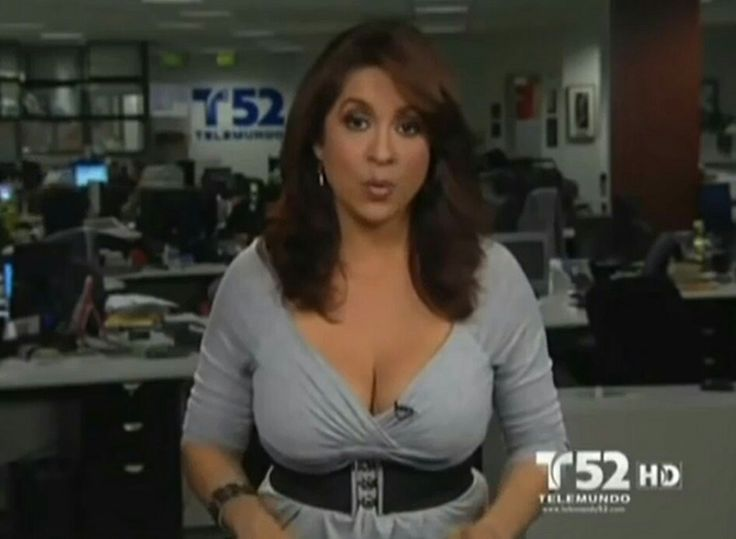 Tv Presenter Suffers Awkward Boobgate Wardrobe Malfunction
