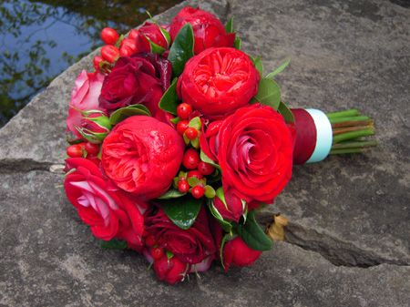 Red Garden Rose Bouquet 9 best red rose bouquets images on pinterest | red rose bouquet