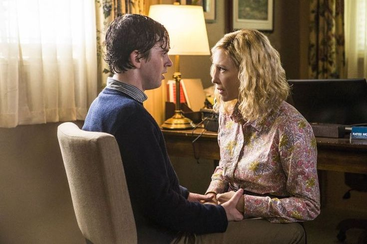 BATES MOTEL Scoop: 10 Teasers For The Season 3 Finale