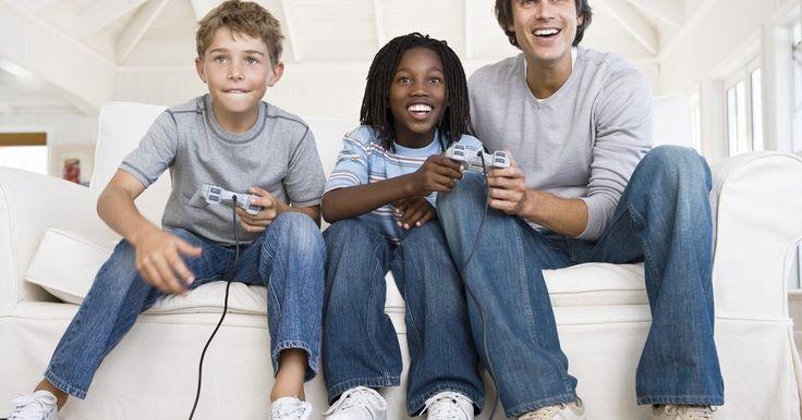 Como consertar um Nintendo NES que está com a luz vermelha piscando. O Nintendo Entertainment System, é um videogame lançado nos EUA em 1985. Por ser um sistema antigo, pode apresentar problemas como uma luz vermelha da energia piscante. Esse problema é causado geralmente por pinos sujos ou quebrados no conector de 72 pinos dentro do sistema. Se o conector estiver sujo, você pode limpá-lo. Entretanto, se estiver ...