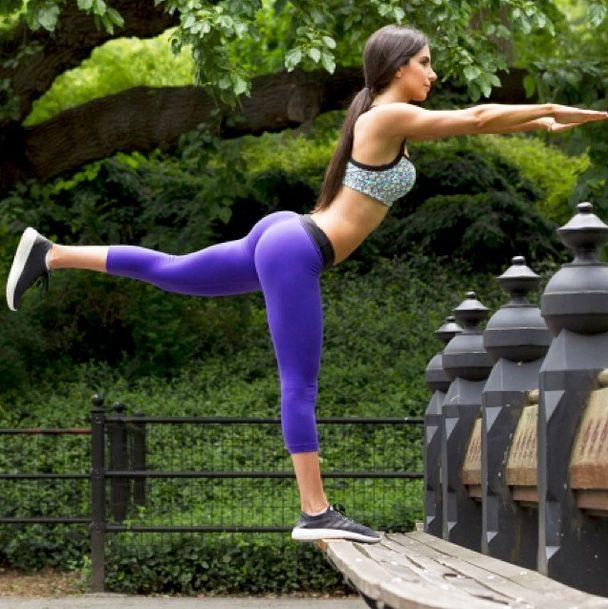 Babe in yoga pants bikini pics, joannas tg xxx caption