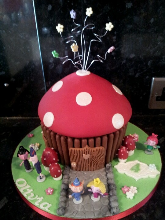 63 best Giant Cupcake images on Pinterest Cupcake ideas ...