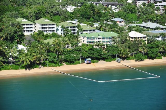 On the Beach Holiday Apartments at family friendly Trinity Beach. Perfect Cairns beaches family holiday accommodation. Free WIFI. #familyfriendly #accommodation #cairns #trinitybeach