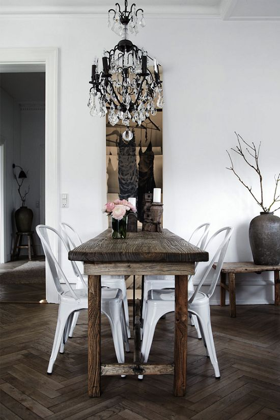 This Modern Rustic Dining Room Is Accented Perfectly With a Crystal Chandelier