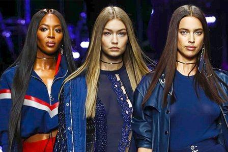 Версаче 2017 – главные тренды новой коллекции. Платья, брючные костюмы, верхняя одежда в стиле милитари. Что советует модный дом в новом сезоне.