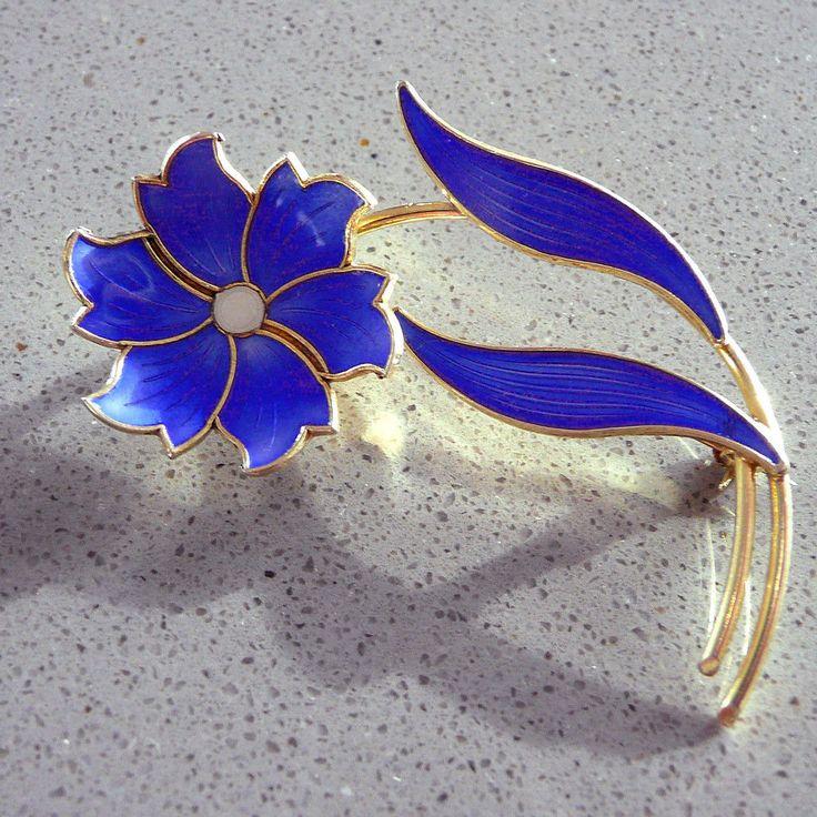 Elvik Norway Sterling Silver Bright Blue Enamel Flower Brooch