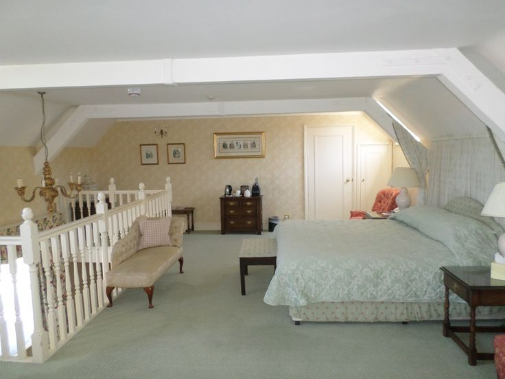 Queen Victoria Master Suite at Eastwell Manor