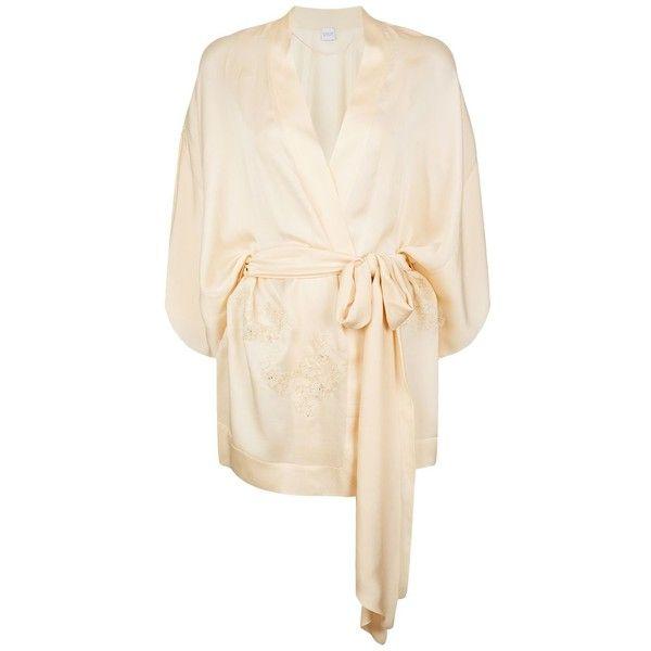Carine Gilson Short Silk Kimono Robe ($1,690) ❤ liked on Polyvore featuring intimates, robes, silk robe, bath robes, silk bathrobe, kimono dressing gown and silk bath robes