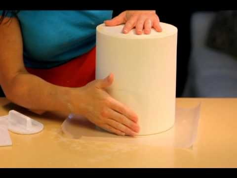 How to get RAZOR sharp edges on your fondant cakes - Part 2 of 2