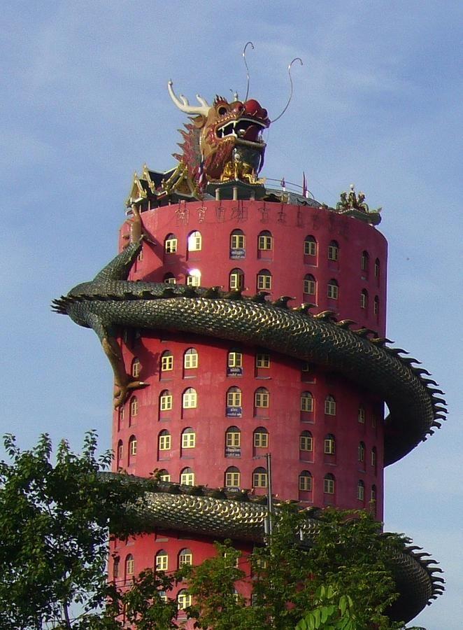 Dragon Temple, Bangkok - Thailand