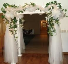 Ideas on Decorating Indoor Wedding Arches - To make your indoor wedding arch beautiful and colorful, you can look for some wedding arch ideas and tips.