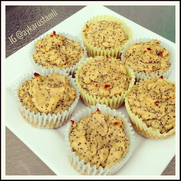 coconut banana poppy seed muffins