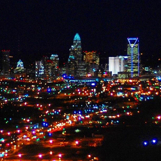 The beautiful Queen City! Charlotte North Carolina :)