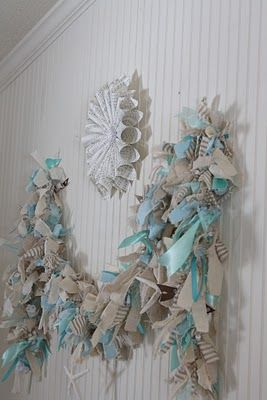 The Shabby Creek Cottage - a decorating blog: Make Your Own: Lighted Raggamuffin Garland
