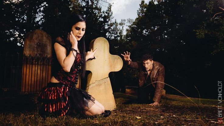 Vampire Queen: just outa reach. evil henchman, cemetery, sorrow, desire, make-up style
