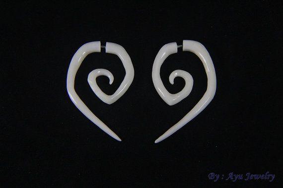 Eco Friendly Spiral Earrings Bone Carving Fake by ayujewelry  #earring #jewelry #boneearring #fakegauge #carvedbone #bonecarving #fakepiercing #fauxgauge #spiralearring #uniquefasion