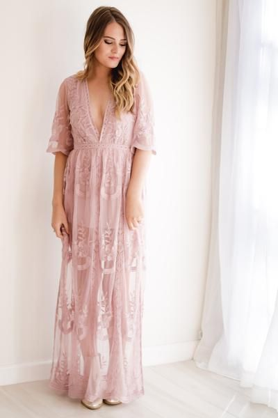 Best 25  Lace maxi dresses ideas on Pinterest | H&m, Exclusive ...