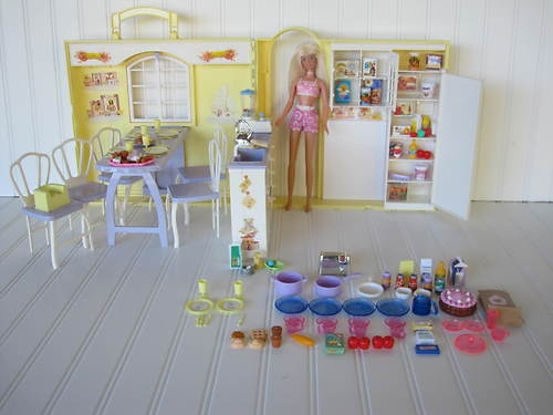 Barbie Happy Family Grandma S Kitchen And Accessories Doll