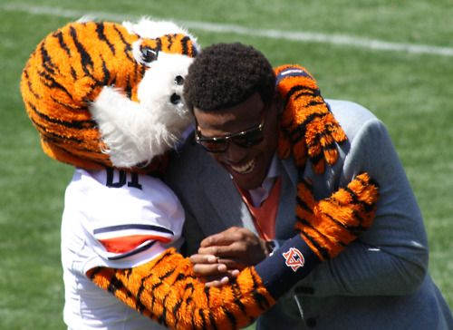 Aubie and Cam ~ Aren't they just precious? War Eagle!!