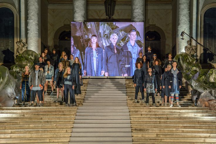 Discover the new ISKO I-SKOOL™ Grand Finale HD Photogalleries, with all the highlights of this unique event! 🎆 Find your favorite pics and memories and download them in full HD! >> NOW ONLINE the Last Gallery: The Catwalk and the Award Ceremony! 🏆 🏆  Only on the I-SKOOL™ website ;)  #iskool #isko #denim #photogallery #jurymeeting #iskoolFinal #fashion #HdPictures